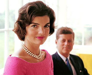 Photo of Jackie Kennedy and John F. Kennedy